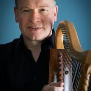 Michael Dollendorf - Romanesque Harp - Photo: André Wagenzik